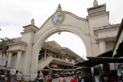 baju batik modern pekalongan – 3 Pasar Batik Terbesar DiIndonesia e3621b8893