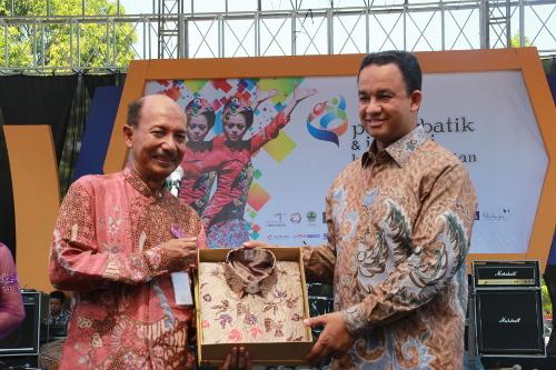 Penghargaan Pameran Batik Kreatif Pekalongan