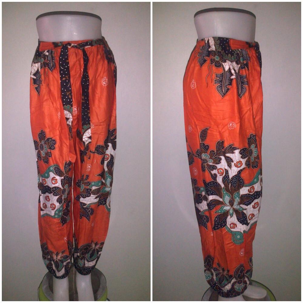 Model Celana Batik Wanita Terbaru Masakini Banget Model Baju Sekarang