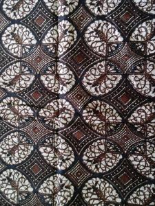 Kain Batik Hitam Putih Argreen 27