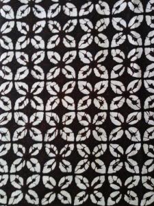 Kain Batik Hitam Putih Argreen 31